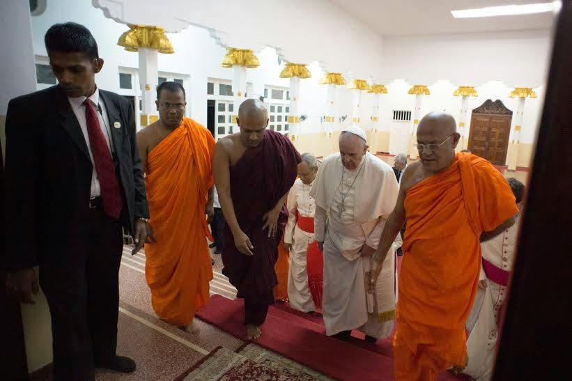 L'antipape François au temple de la Mahabodhi