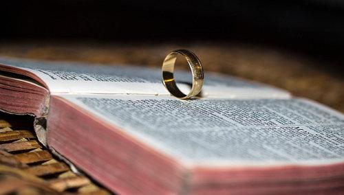 La Bible enseigne l'indissolubilité du mariage