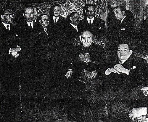Jean XXIII avec Edouard Herriot et d'autres radicaux