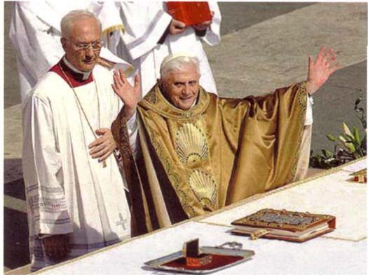 Benoît XVI rejette totalement l'enseignement sacramentel catholique