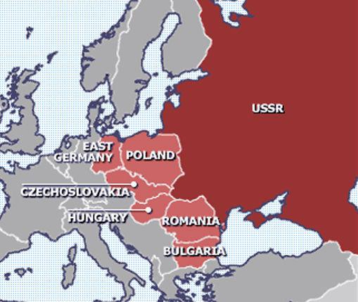 Cette carte de l'Europe orientale et du Bloc communiste, après la Seconde Guerre mondiale, montre la disparition et l'anéantissement des Pays Baltes par leur absorption complète dans l'Empire soviétique