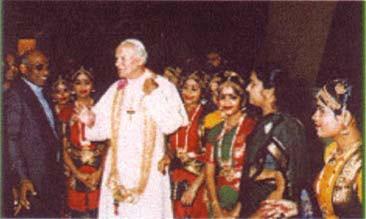 Jean-Paul II invité à une « démonstration transe » de danse Vaudou