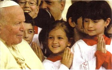 Jean-Paul II approuvait la pratique des filles de chœur