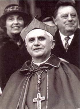 Joseph Ratzinger à Munich, Allemagne, en 1982
