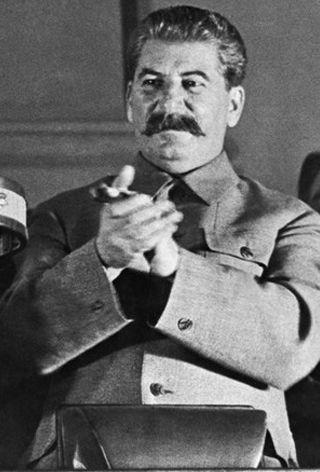 Joseph Staline, sans doute le plus grand tueur en série de l'histoire, chef de la Russie communiste de 1924 à 1953