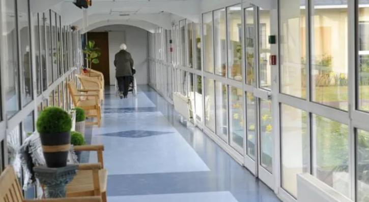 News au 11 mai 2020 France-personne-agees-invitees-a-se-maintenir-en-confinement
