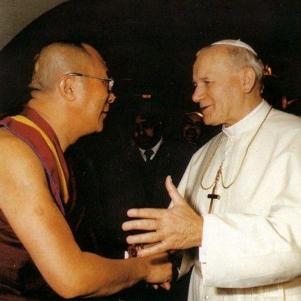 Jean-Paul II et son ami païen, le Dalaï Lama