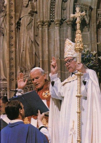 Jean-Paul II et un laïc schismatique qui dirigeait la secte anglicane
