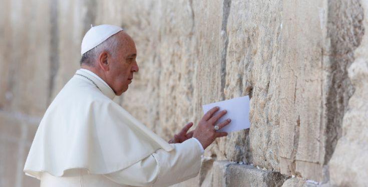 Vatican II nie, entre autres, le dogme selon lequel les juifs sont rejetés par Dieu